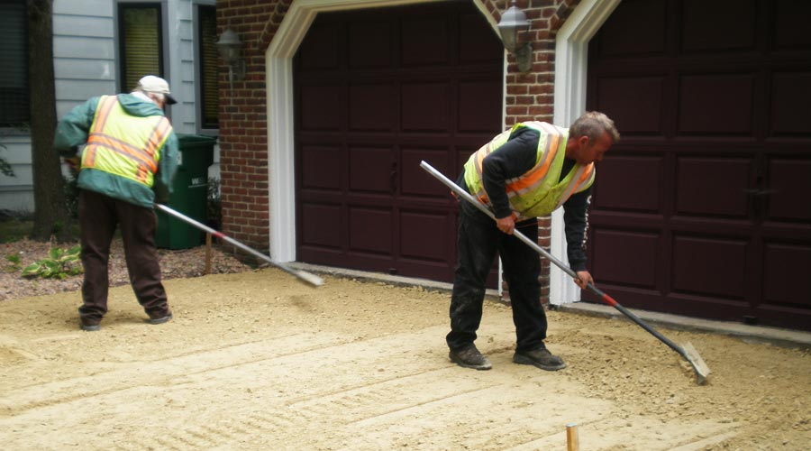 Cleaning your concrete driveway asphalt driveway company for Cleaning grease off concrete