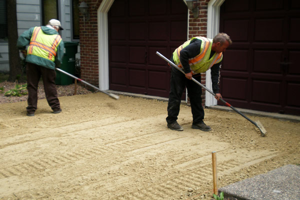 We Service and Install Blacktop and Asphalt Driveways